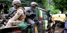 الحكومة الانتقالية في مالي تنفي فتح باب المفاوضات مع المسلحين