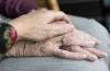 قصة حب.. بعد 71 عاما من زواجهما يرحلان معا في ذات اليوم