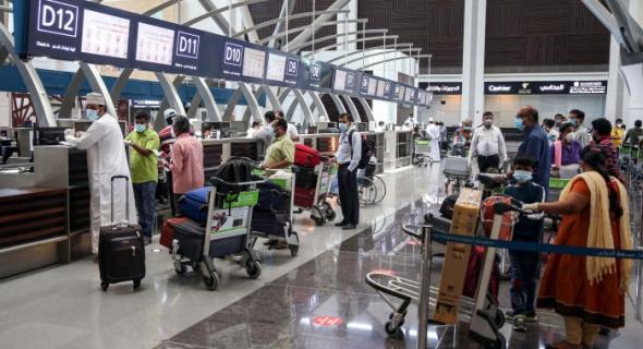 سلطنة عمان تحظر السفر بين المحافظات من 25 يوليو إلى 8 أغسطس