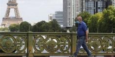باريس تفرض الكمامات.. وأمريكا تتجاوز عتبة 180 ألف وفاة بفيروس كورونا