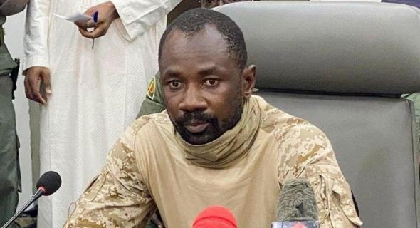 """مالي: رئيس المجلس العسكري يصبح رئيسا للدولة بحسب """"قانوني أساسي"""""""