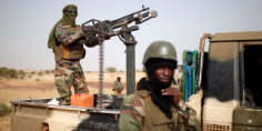 مالى تطلق عملية لتسليم السلاح طواعية لإنهاء دائرة العنف