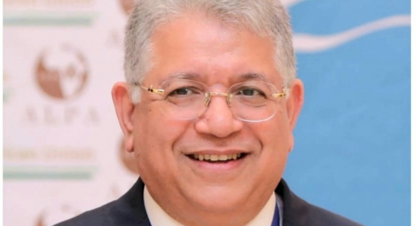 د. جمال شيحه يتصدر قائمة أفضل 6 علماء في العالم أسهموا في القضاء علي فيروس سي