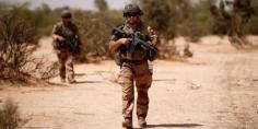 فرنسا تستأنف عملياتها العسكرية المشتركة مع مالي