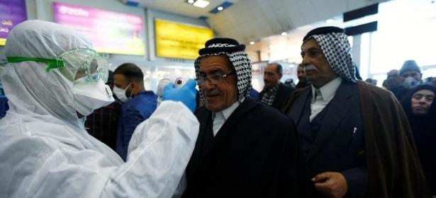 """العراق يطالب مواطنيه بعدم السفر إلى إيران منعا للإصابة بفيروس """"كورونا"""""""